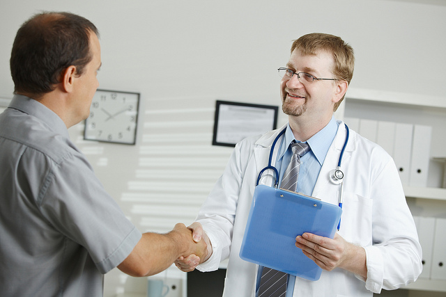 How to Use Guest Blogging to Grow Your Healthcare Consulting Business